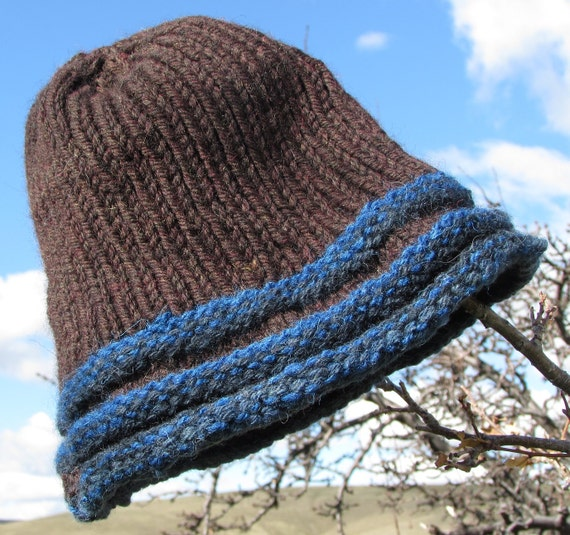 Knitting Garter Stitch Hat : Blue garter stitch ridge trimmed knit hat