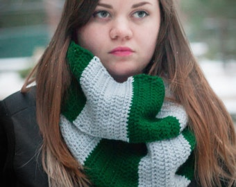Harry Potter Slytherin Infinity Scarf Cowl 6 ft long Crochet Clothing Cosplay Costume