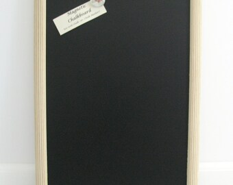 OFF WHITE Magnetic CHALKBOARD Barn Wood Framed Rustic Wedding Sign Kitchen Blackboard Barnwood Photo Restaurant Menu Chalk Board Markers