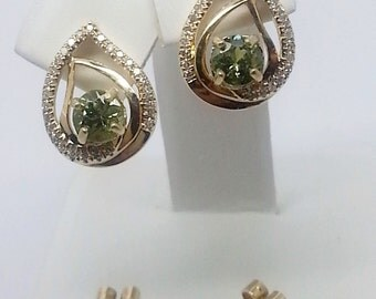 1.47ctw Demantoid Garnet and Diamond 14kt Yellow Gold Earrings