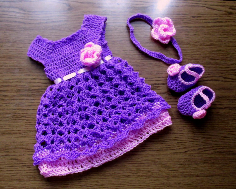 einzigartige baby kleid stirnband und booties set in lila. Black Bedroom Furniture Sets. Home Design Ideas