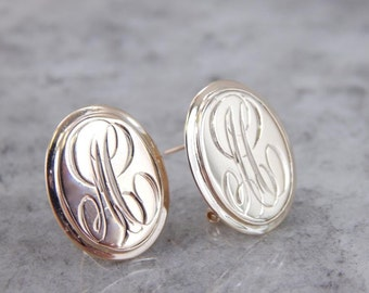 Handsome Monogramed Oval Earrings With Lovely Pattern CNTN0H-N
