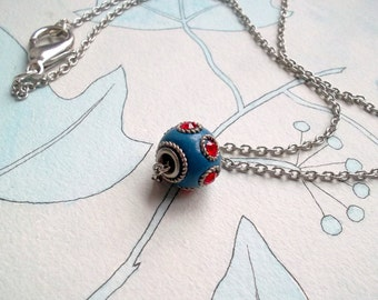Red/blue necklace