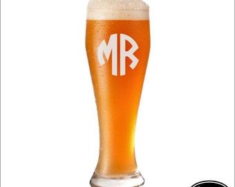 Groomsmen Pilsner Glass, SHIPS FAST, Personalized Groomsmen Pilsner Glass, Engraved Groomsmen Pilsner Glass, Pilsner Beer Glasses, Weddings