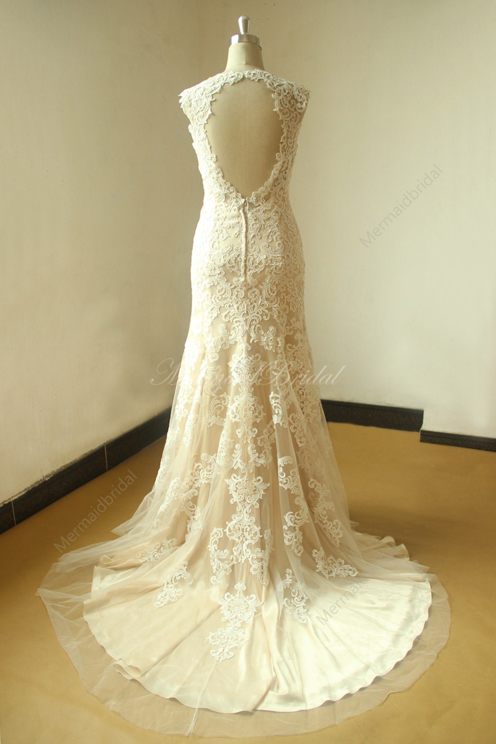 Keyhole Back Fit And Flare Vintage Lace Wedding With Chanpamge