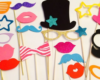 31 Party, Lips, Wedding Photo Booth, Props on a Stick Circus Carnival - F