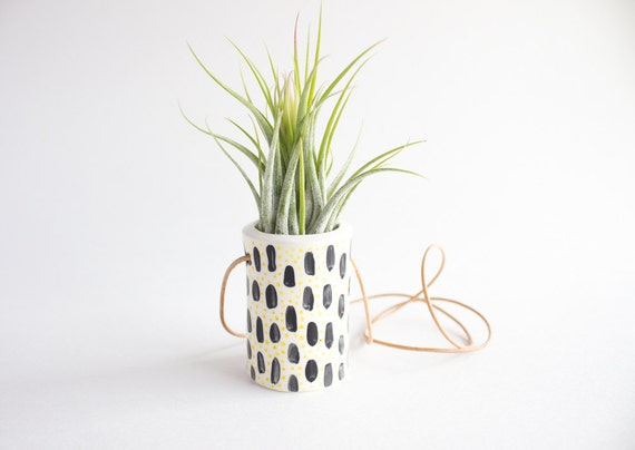 Geometric air plant hanger ceramic air plant holder air for Geometric air plant holder