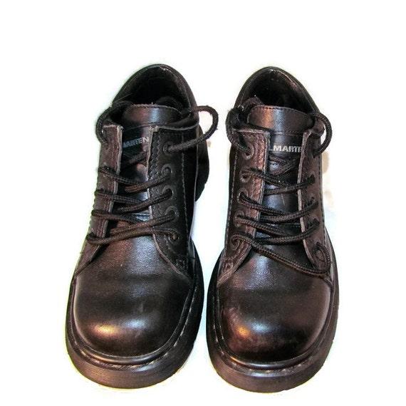 on sale doc dr martens air wair black leather by. Black Bedroom Furniture Sets. Home Design Ideas