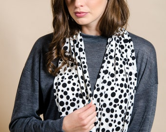 black dots scarf, infinity loop scarf, dots scarf , gift idea for her, women's dots scarf, black and white