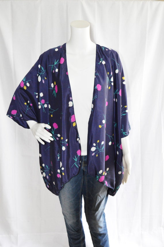 Noragi,kimono jacket,Japanese jacket,modern kimono,cotton jacket,indygo kimono, modern noragi, ikat,indygo jacket,cardigan for women AizomeDesign. 5 out of 5 stars (1) $ Favorite Add to See similar items + More like.