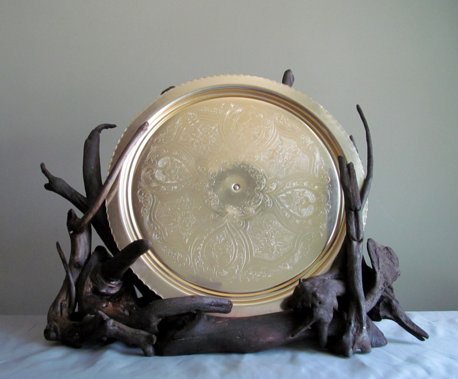 Driftwood sculptural plate display decorative plate holder for Decoration plater