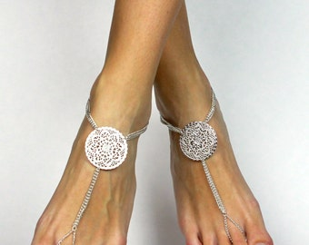 Stunning Bridal Barefoot Sandals Beach Wedding Foot Jewelry Bridal Anklet Foot Thong Beach Wedding Shoes Wedding Anklet Bridesmaids gift