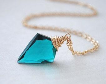 Quartz Necklace, Teal Quartz Necklace, Teal Arrowhead Necklace, Quartz Jewelry