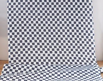 Vintage Cotton Geometric Indigo and White Yukata Fabric  (1 meter)