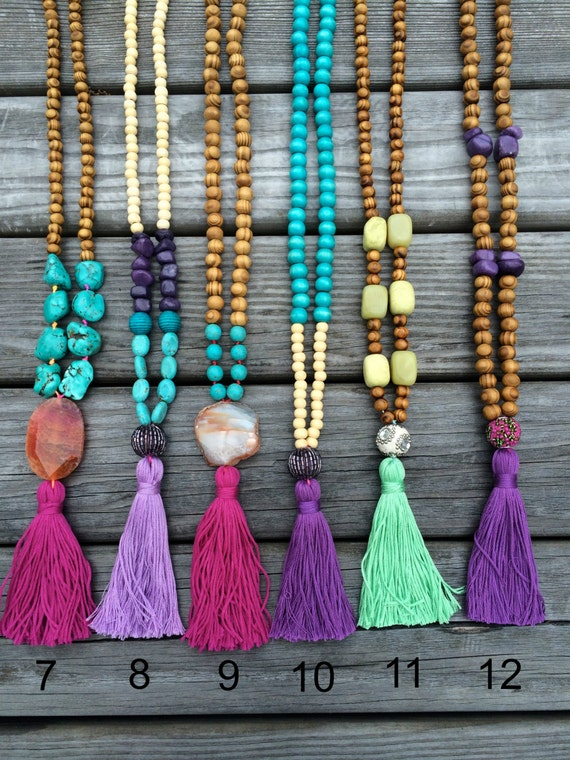 Green agate hot pink tassel necklace
