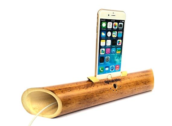 akustische bambus lautsprecher f r iphone 6 dock ideale. Black Bedroom Furniture Sets. Home Design Ideas
