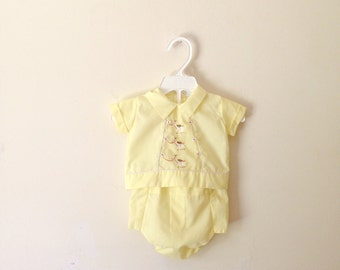 Vintage Yellow Lama Embroidered Two Piece Set (Size 3 Months)