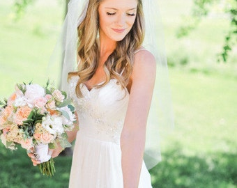 Fingertip length Wedding Bridal Veil white, ivory, Wedding veil bridal Veil Fingertip length veil bridal veil cut edge veil Ready to ship