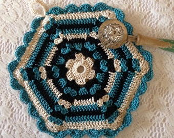 Vintage Style Potholder // Hexagon Shaped, Double-sided Potholder Crocheted from Vintage Pattern // A Loop for Hanging // Gift for Her
