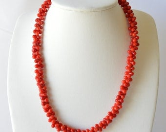 """18"""" Coral Clustered Necklace Great Quality"""