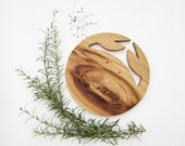 Table piece in chesnut wood, christmas decoration crab 100% natural
