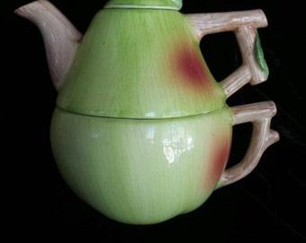 Teapot & Teacup Set by CIC©