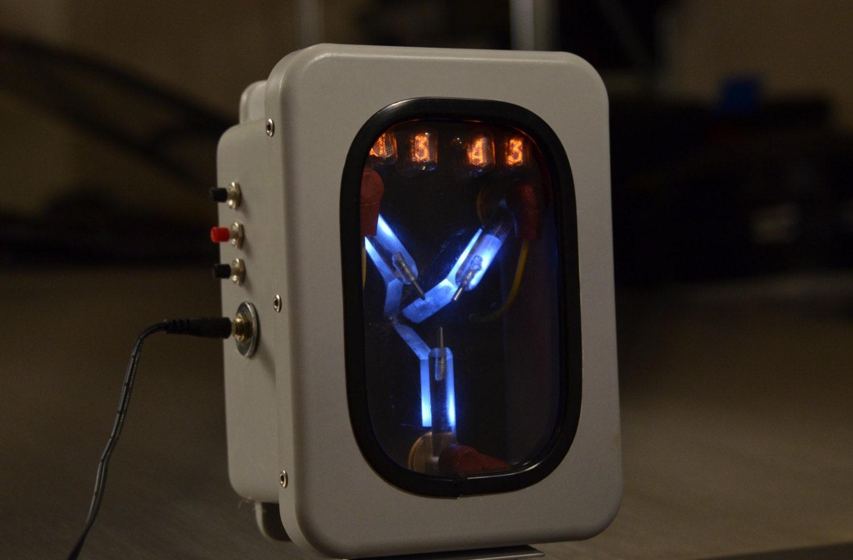 Mini Flux Capacitor Nixie Tube Clock
