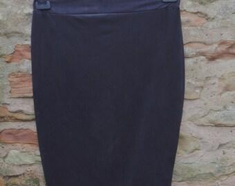Vintage 1980's Black Tube / Pencil Skirt Size Medium