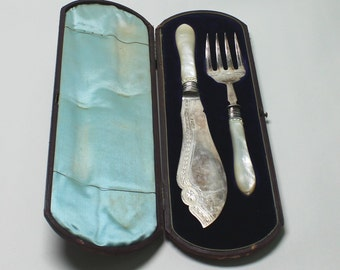 Antique Victorian Sterling Silver Fish servers Cutlery set. Made by Martin Hall & Co 1882, Sheffield England.