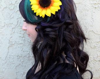 Sun Flower Hair Clip - Sunflower - Hair Accessories - Beach Party - Pool Party - Flower Girl - Bridal - Festivals