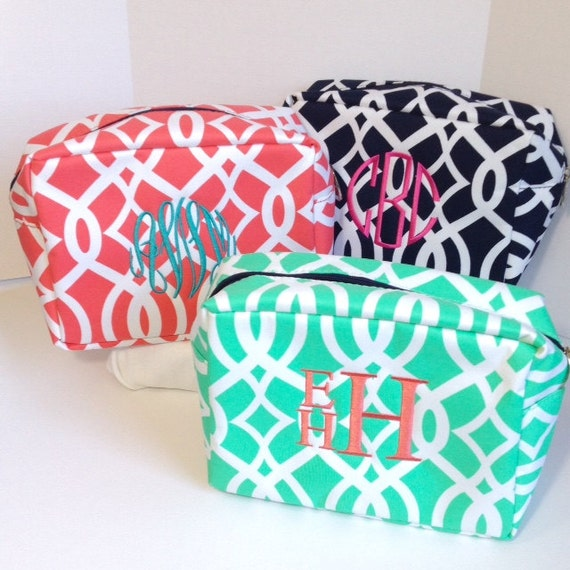 Set of Six Monogrammed Makeup Bags, Set of 6 Personalized Cosmetic Bags, Makeup Pouches, Bridesmaids Gifts, Bridal Shower Gifts