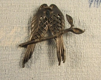 1920s/30s metal love birds brooch