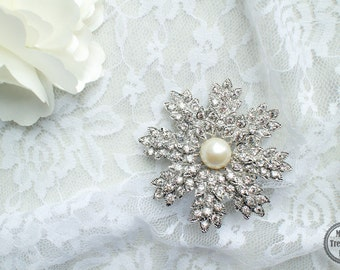 Large Rhinestone Pearl  Brooch Silver Base with Pin M31-Brooch Bouquet/Jewelry/Bridal Brooch/Wedding Accessories/Cake Brooch/Craft Supply