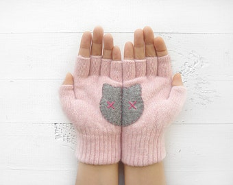 VALENTINES DAY GIFT, Cat Gloves, Cats, Cat Lovers, Pink, Grey, Special Gift, Gift For Her, Lover Gift Idea, Girlfriend Gift, Valentine Gift