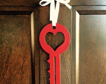 """Metal """"Key to your heart""""  Decoration 8"""" x 3.25"""""""