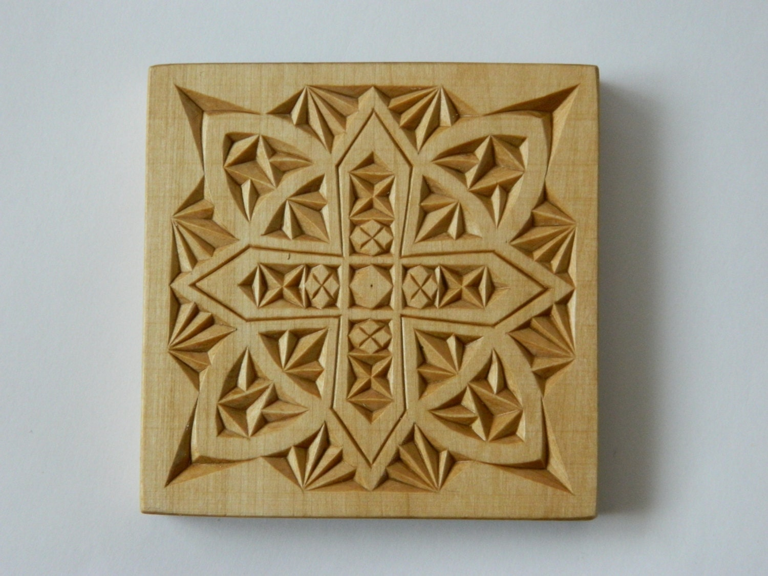 Winter hand carved pattern chip carving home by fancychip