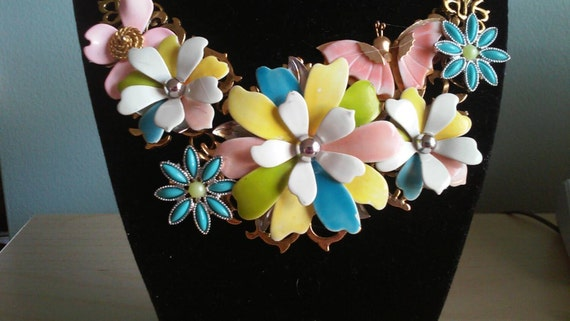 Vintage Sarah Coventry Inspired Bib Collage Statement Necklace Spring Flowers Daisies Bridal Wedding Prom PRICE REDUCTION!!!