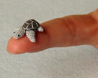 Mini turtle tortoise - Miniature amigurumi tiny turtle tortoise - made to order.  Comes with FREE display box.