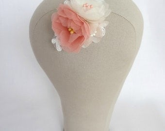 Delicate Floral Wedding Hair Clip Accessory