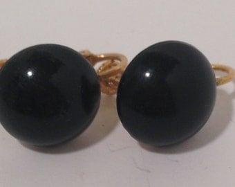 Vintage Black Screw Back Earrings