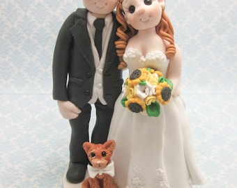 Wedding Cake Topper, Custom Cake Topper, Military, Bride and Groom with Three Pets, Beach Theme, Personalized, Polymer Clay, Keepsake
