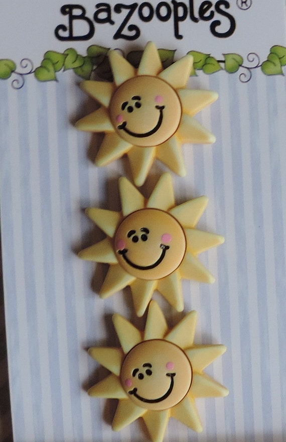 Sun Buttons, Carded Novelty Buttons by Buttons Galore, Bazooples Collection, Set of 3, Style BZ129, Bright, 3D, Sun Buttons, Embellishments