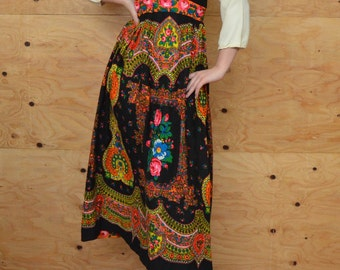 Vintage 60's Evening Maxi Dress Romantic Rainbow Floral India Gypsy Print Black Back Ground Perfect For Evening Event SZ S/M