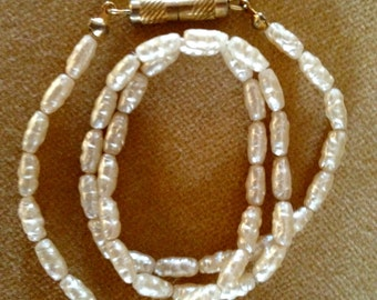 50s vintage necklace ~ Pearly