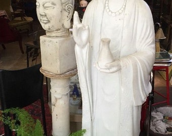 Life-Size Kuan Jin Carved Vintage Marble Statue Circa late 19th Century or Early 20s Estate Acquisition of Private Riverside Healing Retreat