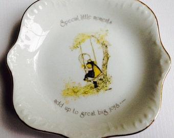 1974 Holly Hobbie Decorative Plate