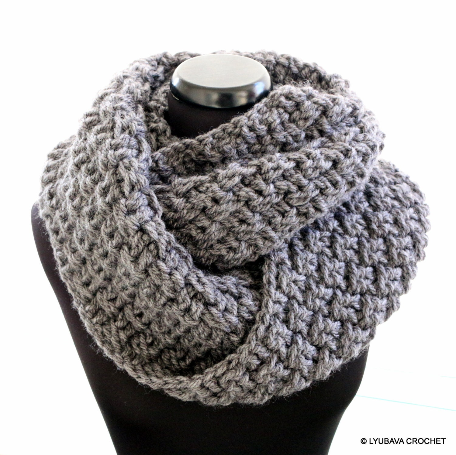 Infinity scarf crochet pattern chunky scarf pattern unisex zoom bankloansurffo Image collections