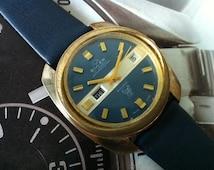B U L E R - W A T C H - Vintage 1950s Manual Wind Watch, Swiss Buler Bulldog - 21 Jewels - Day Date Window - Blue and Gold