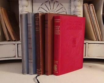 Vintage Bundle of French Books / Anatole France / Daudet / French Romantic Stories