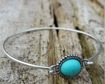 Sweet Little Turquoise Bangle Bracelet